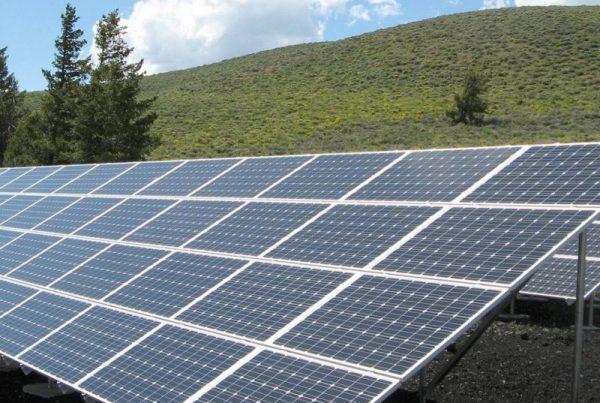 Panel fotovoltaico donde se aplica Umbrella para Eficiencia de las placas solares fotovoltaicas